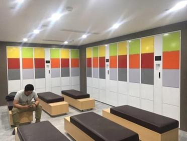 某体检中心张家界店二维码智能储物柜使用
